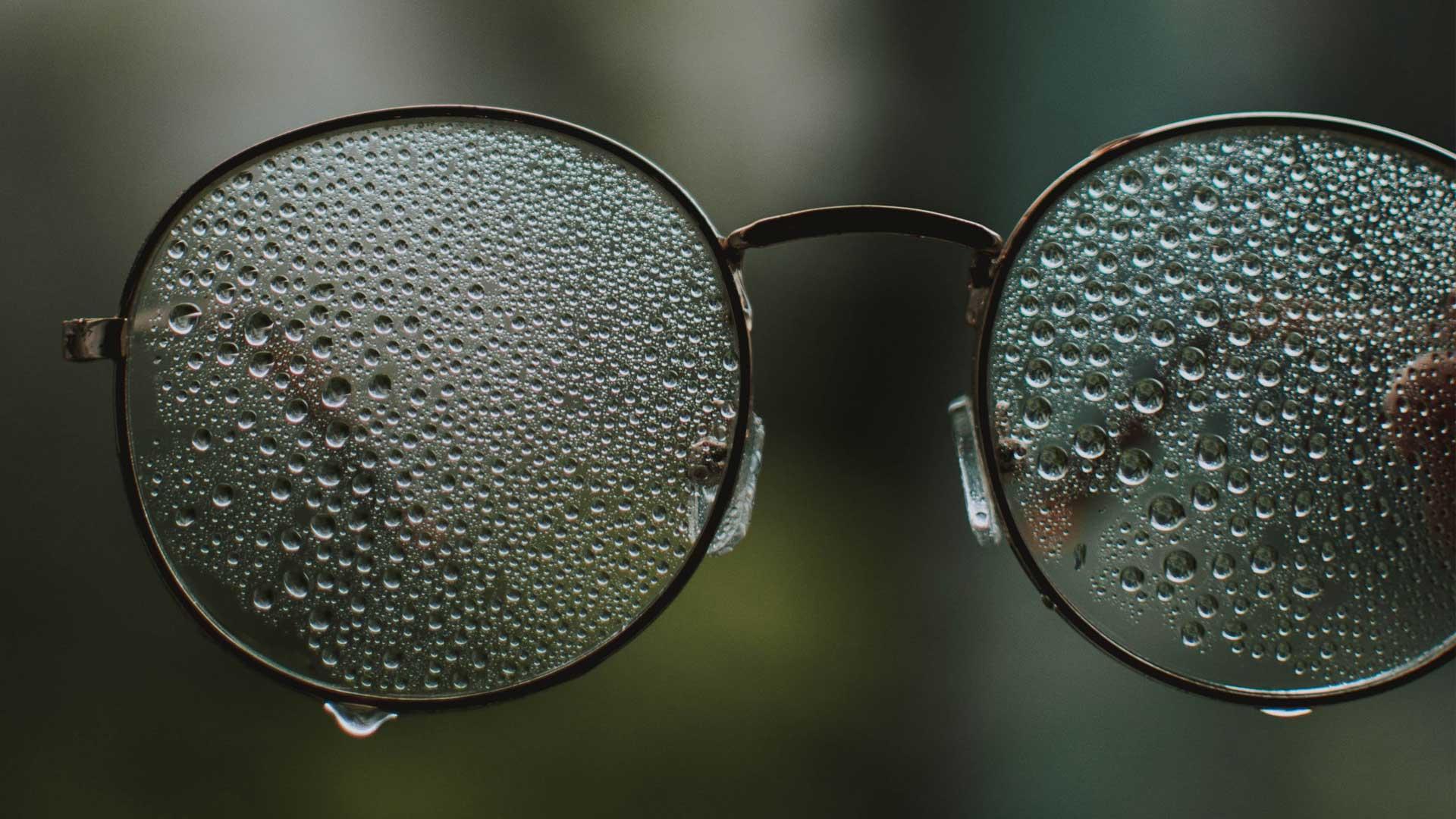 image-header-quand-le-leader-doit-nettoyer-ses-propres-lunettes
